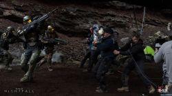 sdcc-2014-halo-nightfall-crew-weapons-free